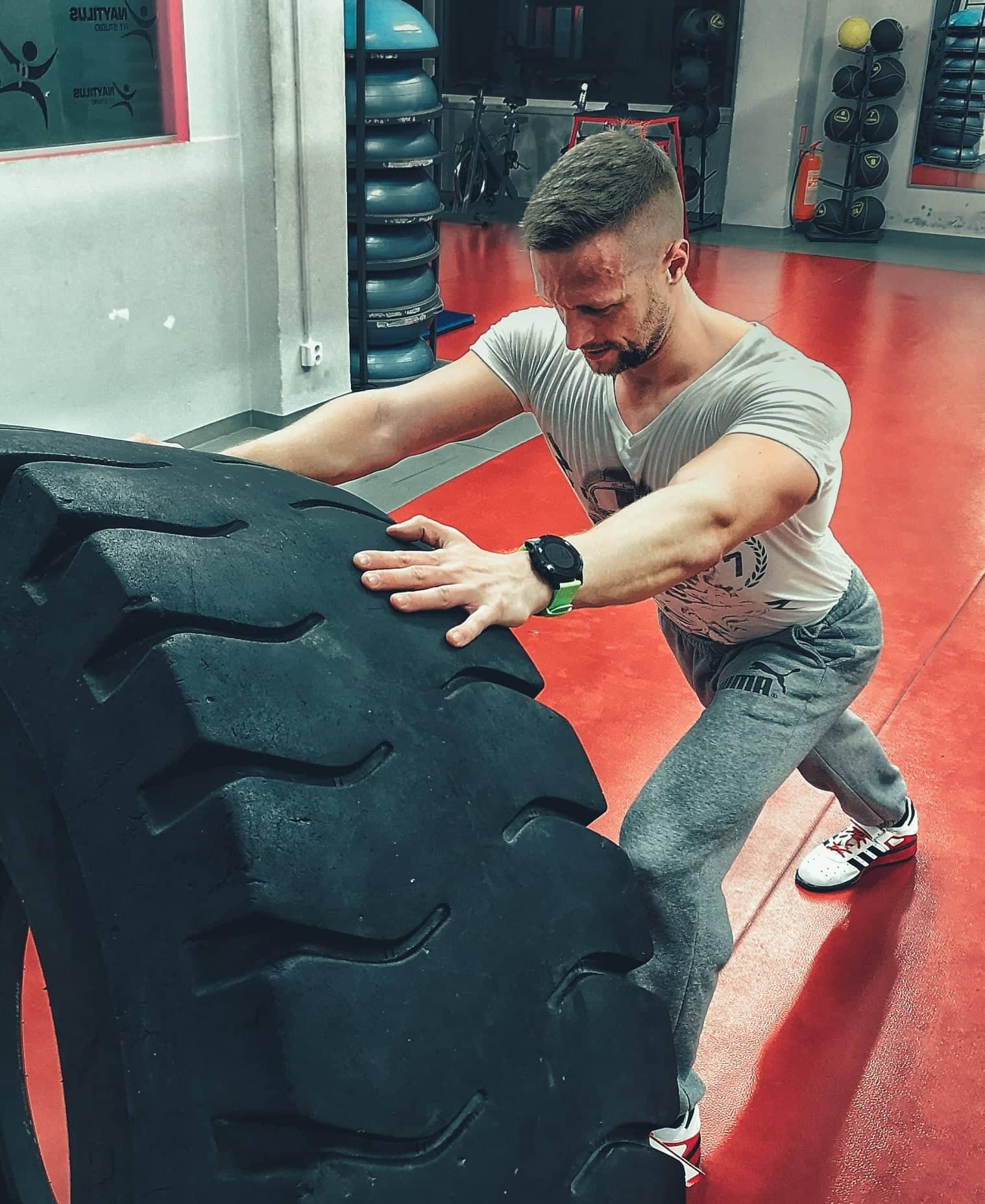 Ako nabrať svaly. Funkčný tréning. Intenzívny tréning. HIIT. Empigo.